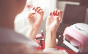 Jak wybrać bezpieczny manicure – pedicure